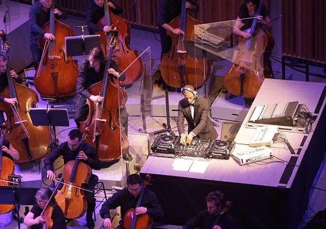 Jeff Mills e Orquestra