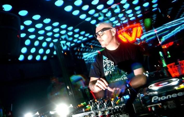 Kolombo, DJ Produtor de Deep House