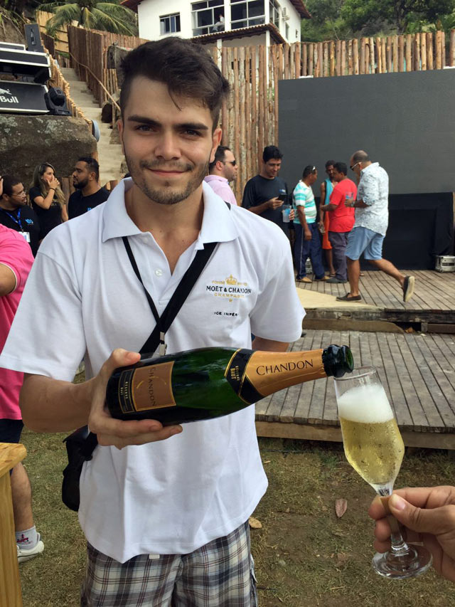Nook_Beach_Club_Moet-&-Chandon