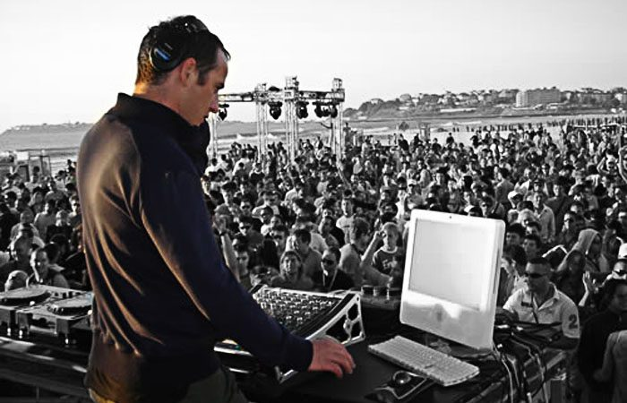 DJ Produtor Sasha In The Mixes no EDC Las Vegas em 2013