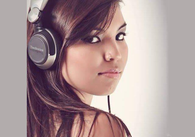 DJ Sarah Anders